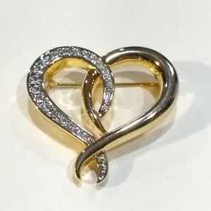 NWOT Goldtone Heart Brooch.